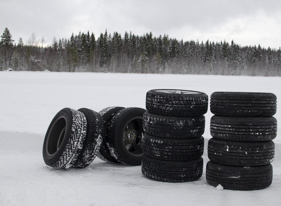 winter-tyres-1242170_960_720