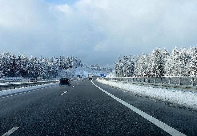 Jízda po dálnici v zimě