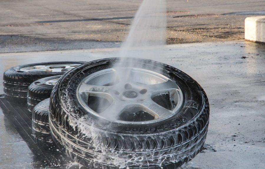 Zavěsit pneumatiku