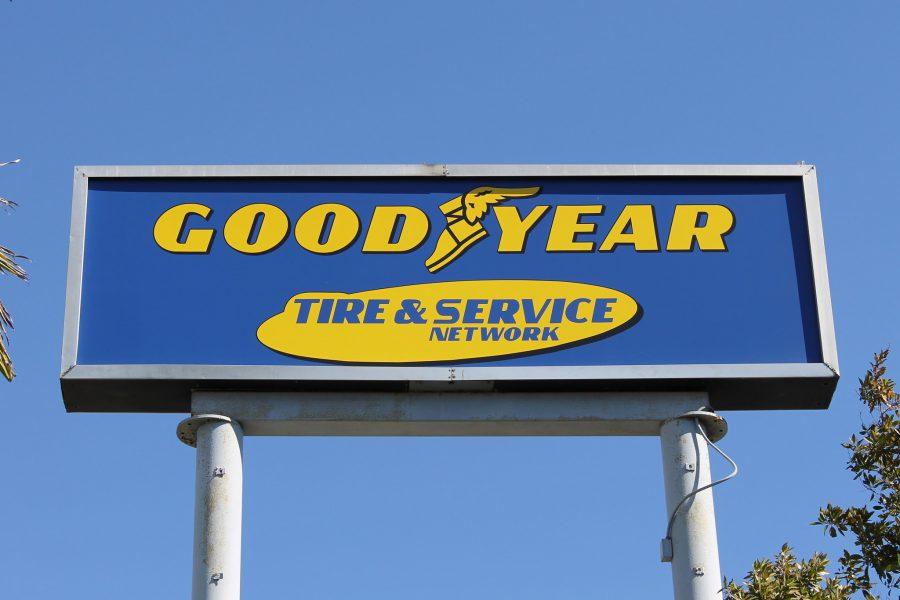 Reklamní tabule Goodyear