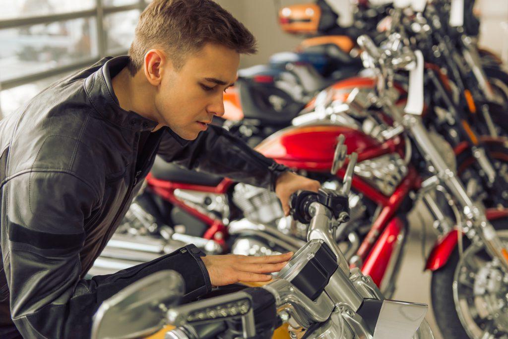 Dovoz motorky ze zahraničí