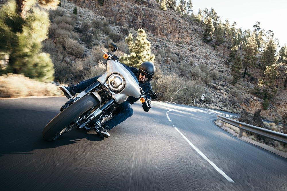 Airbag vesta na motorku