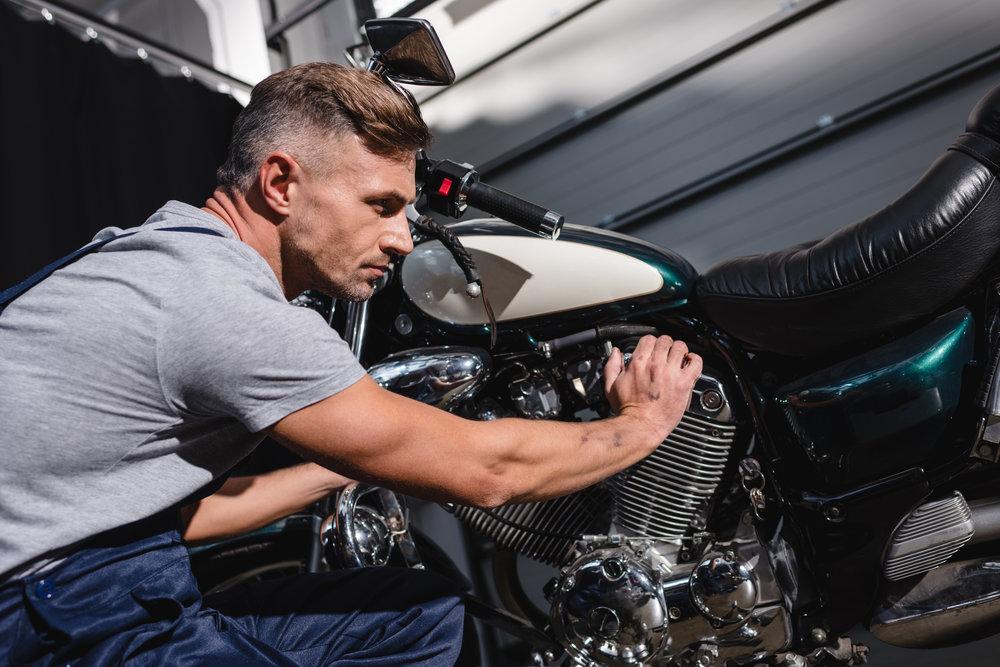 Častost technické kontroly u motocyklu