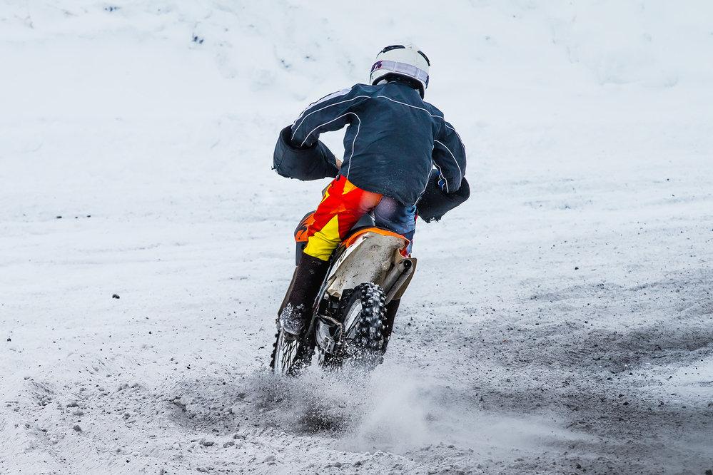 Motocykl v zimě